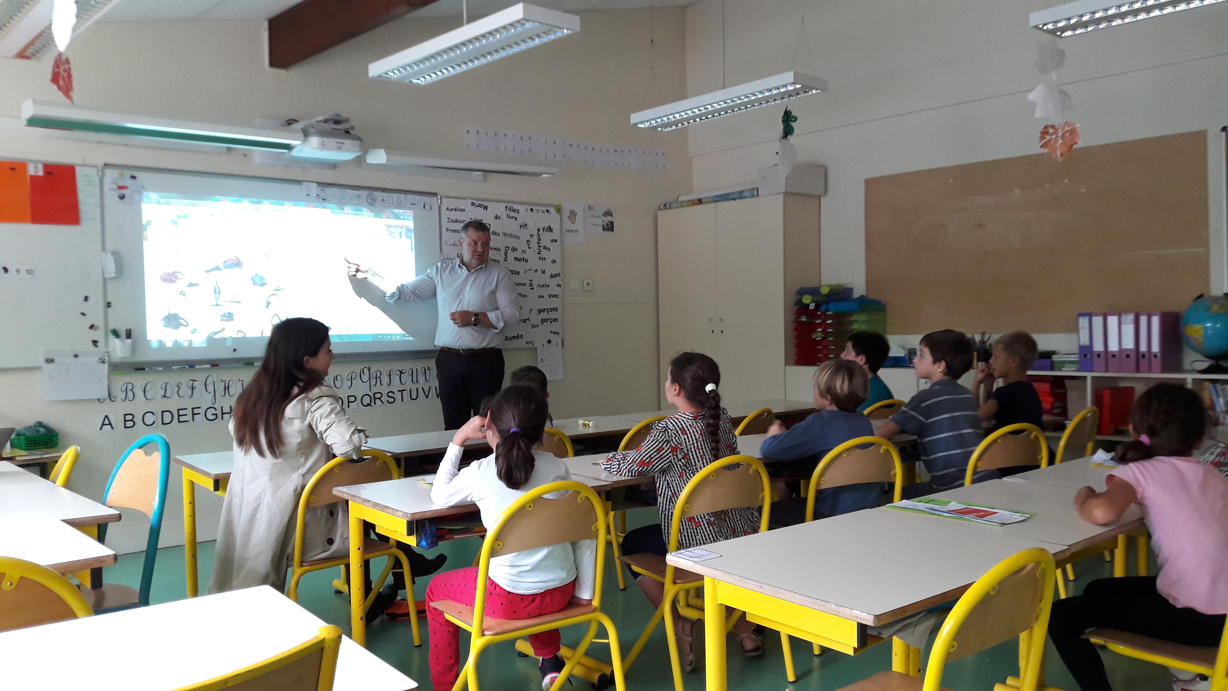 interventions à l'école élémentaire Haut-Sartoux