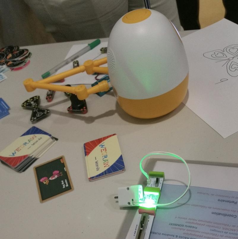 Robot WeDraw de la société TechNext